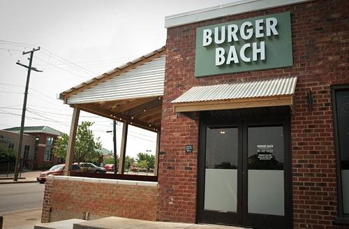 Burger Bach front
