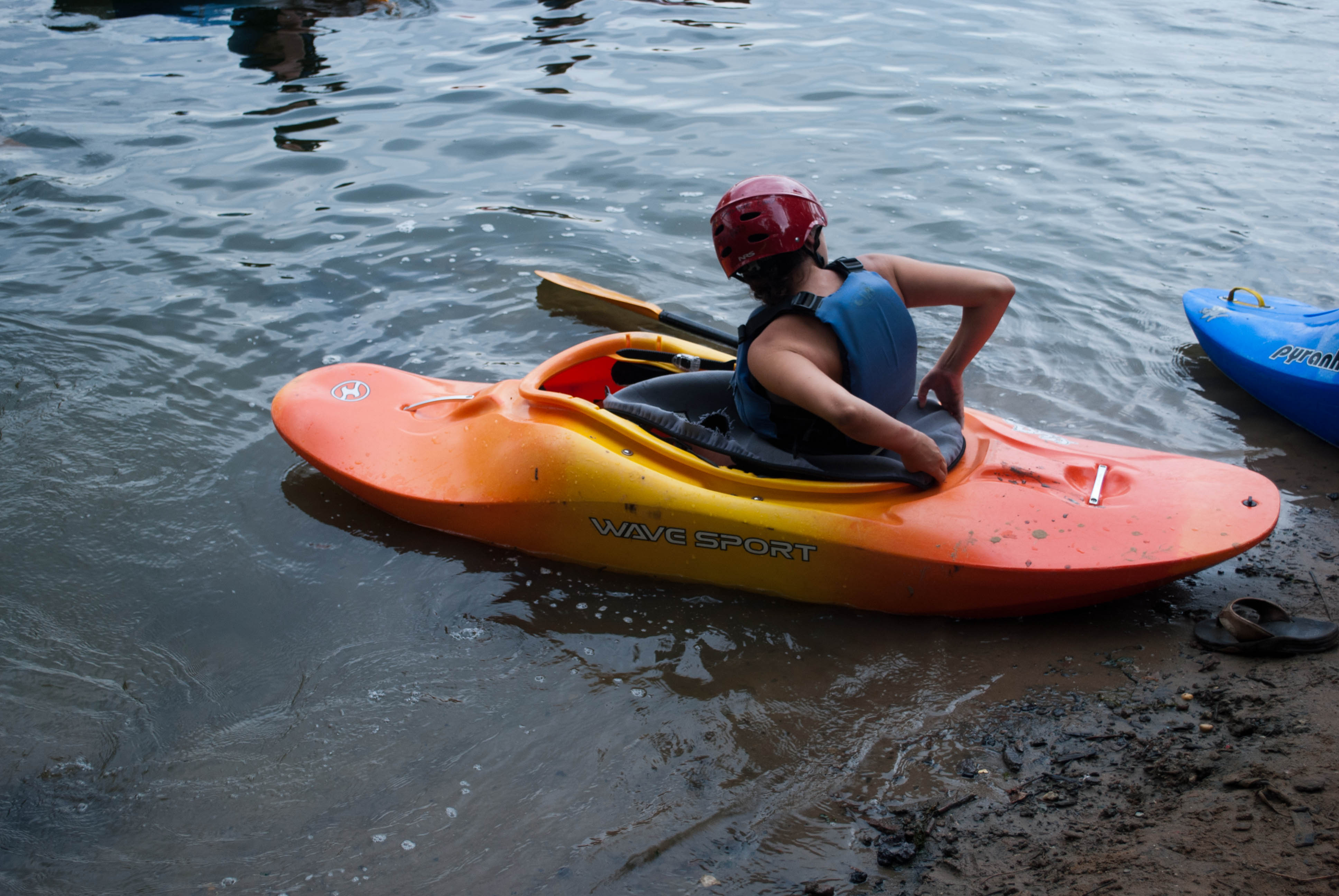 Kayakers support the Best Town Ever (30)