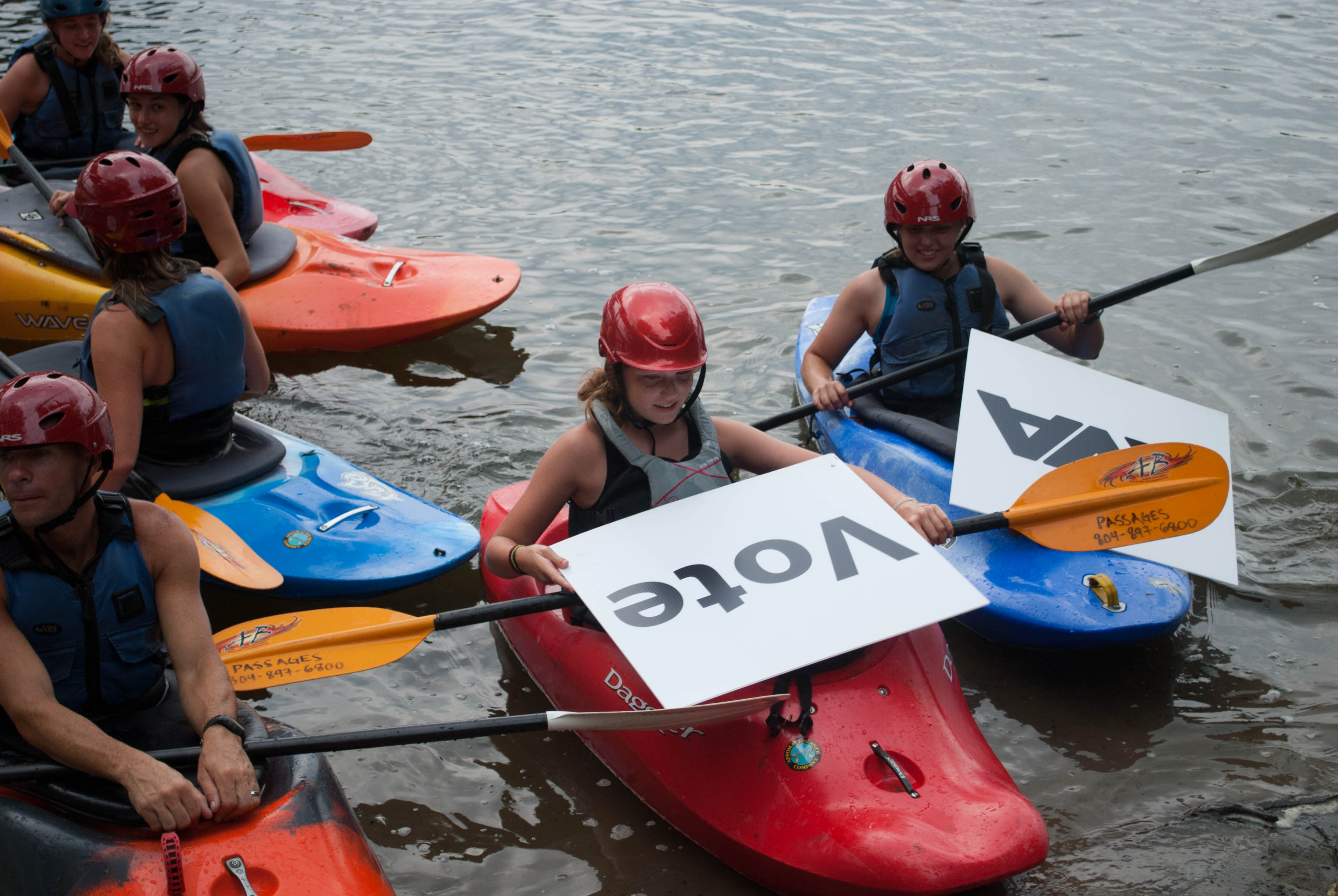 Kayakers support the Best Town Ever (25)
