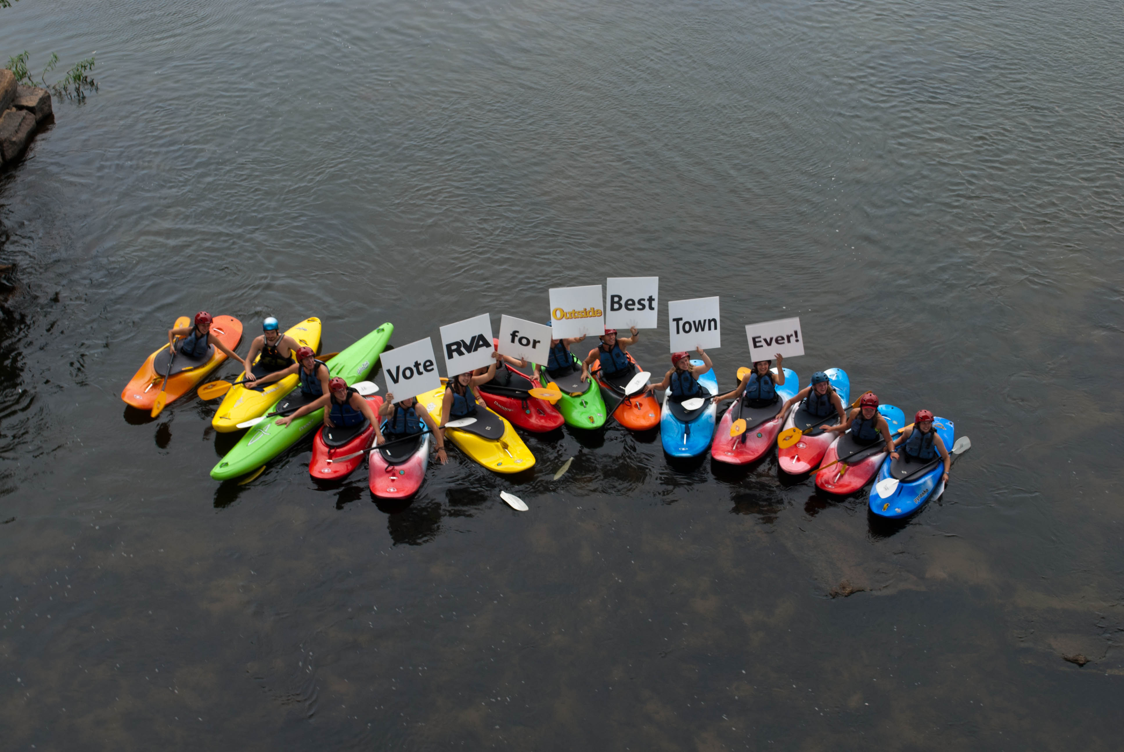 Kayakers support the Best Town Ever (13)