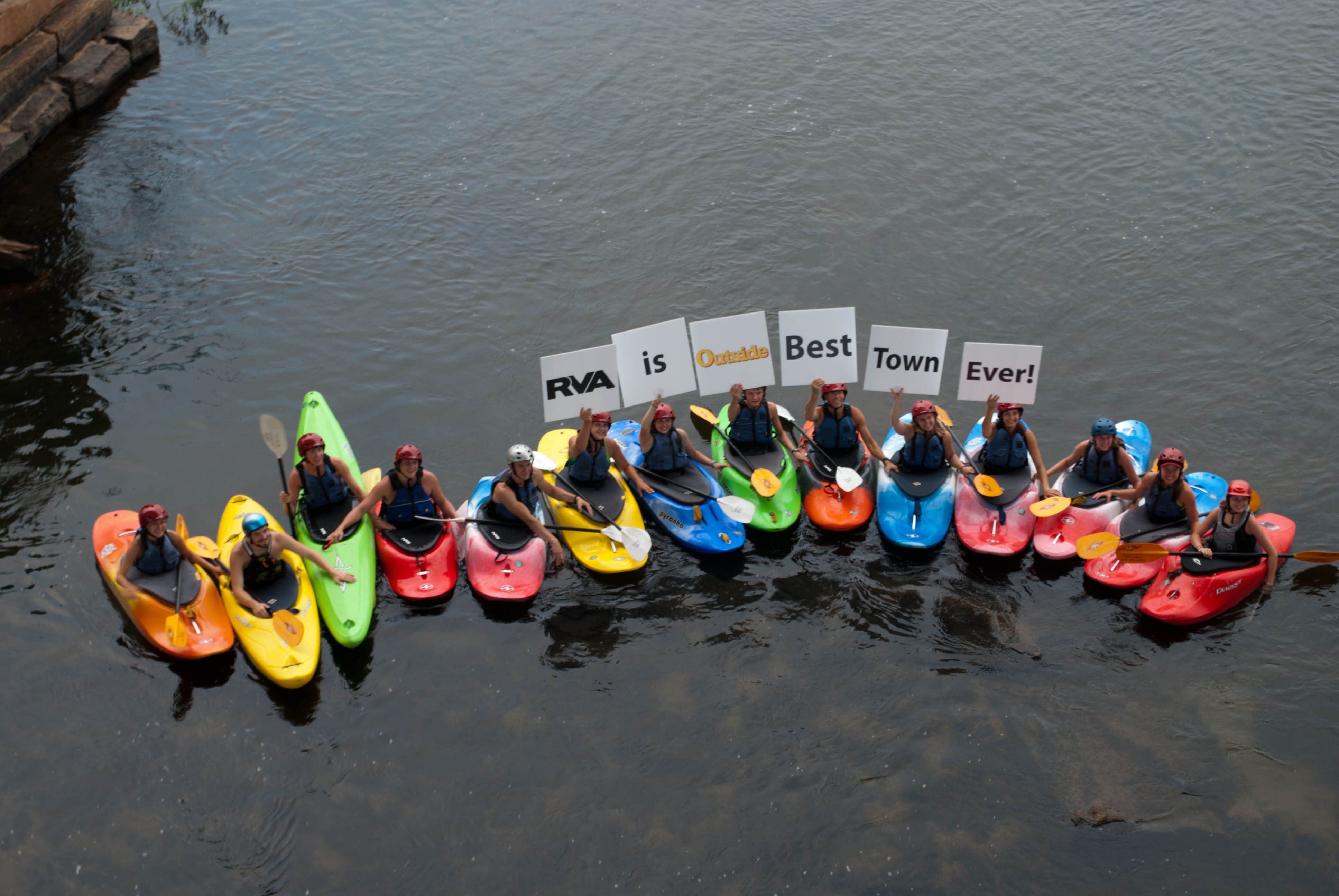 Kayakers support the Best Town Ever (12)