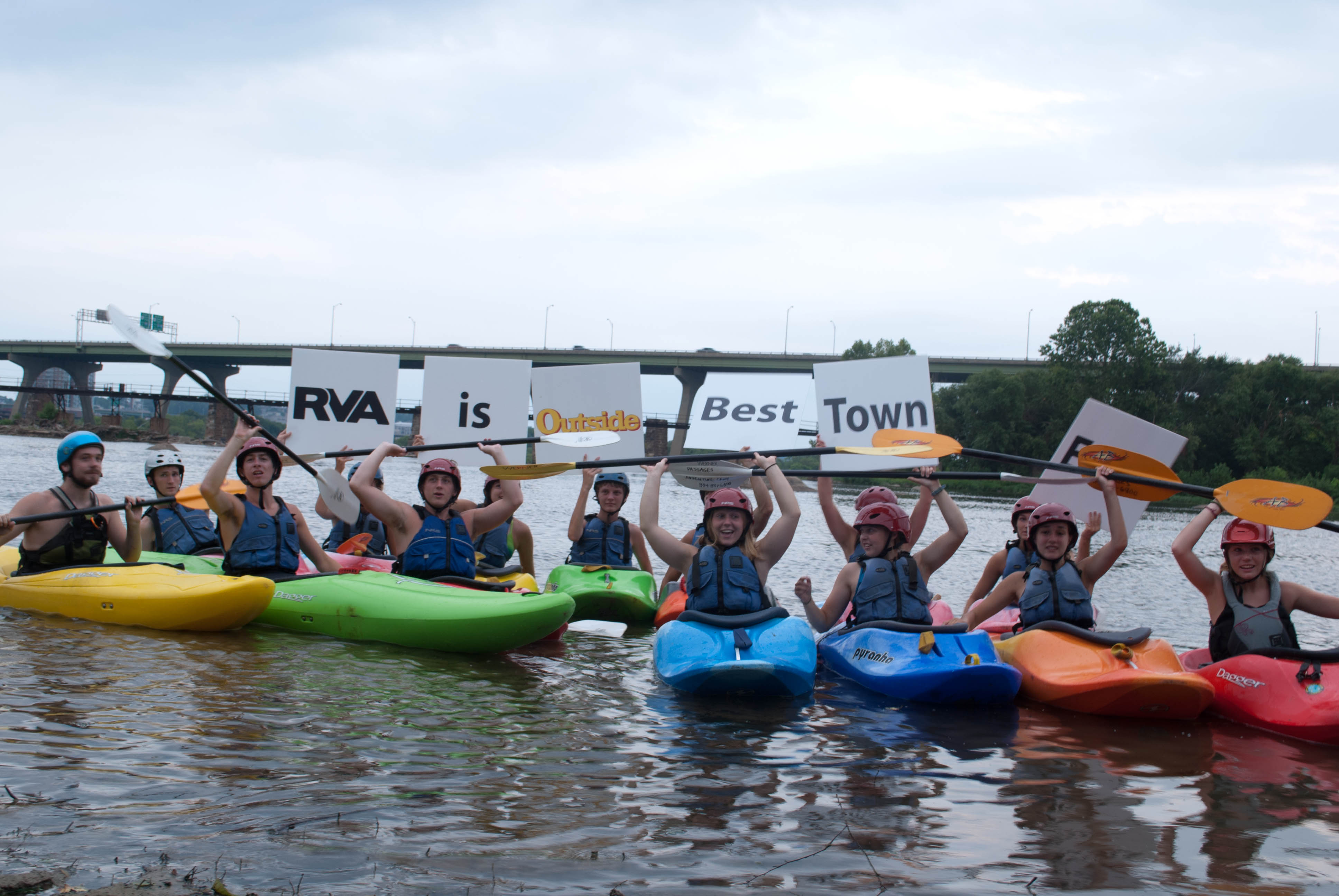 Kayakers support the Best Town Ever (2)