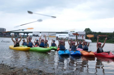 Kayakers support the Best Town Ever (1)