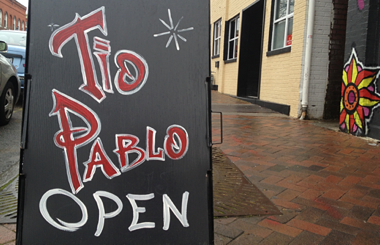Tio Pablo sign
