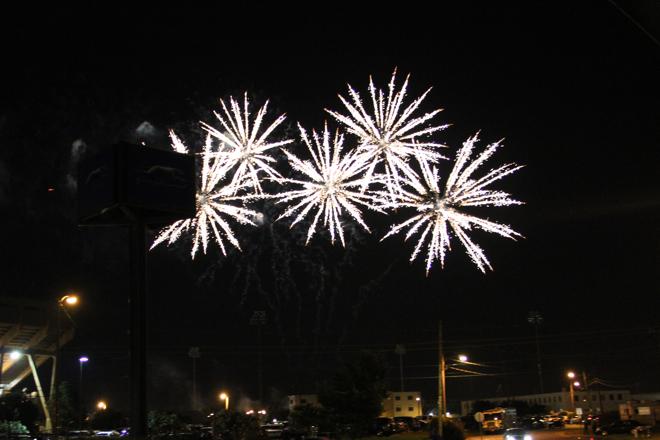 FireworksAtTheDiamond-01