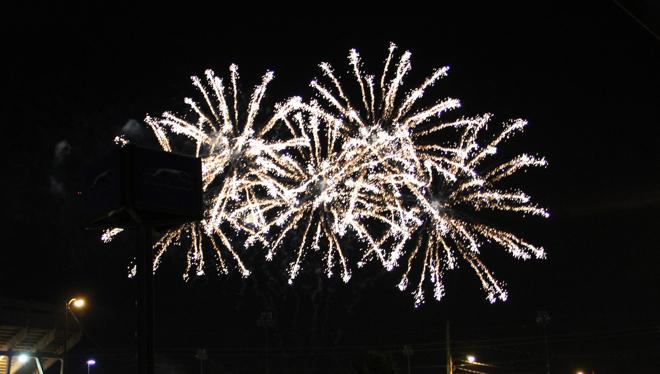 FireworksAtTheDiamond-02