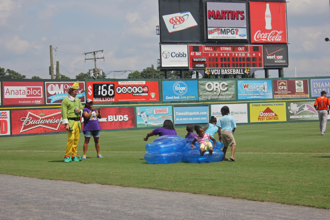Flying Squirrels game-07