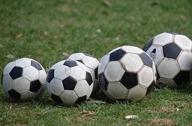 5-Soccer-Balls