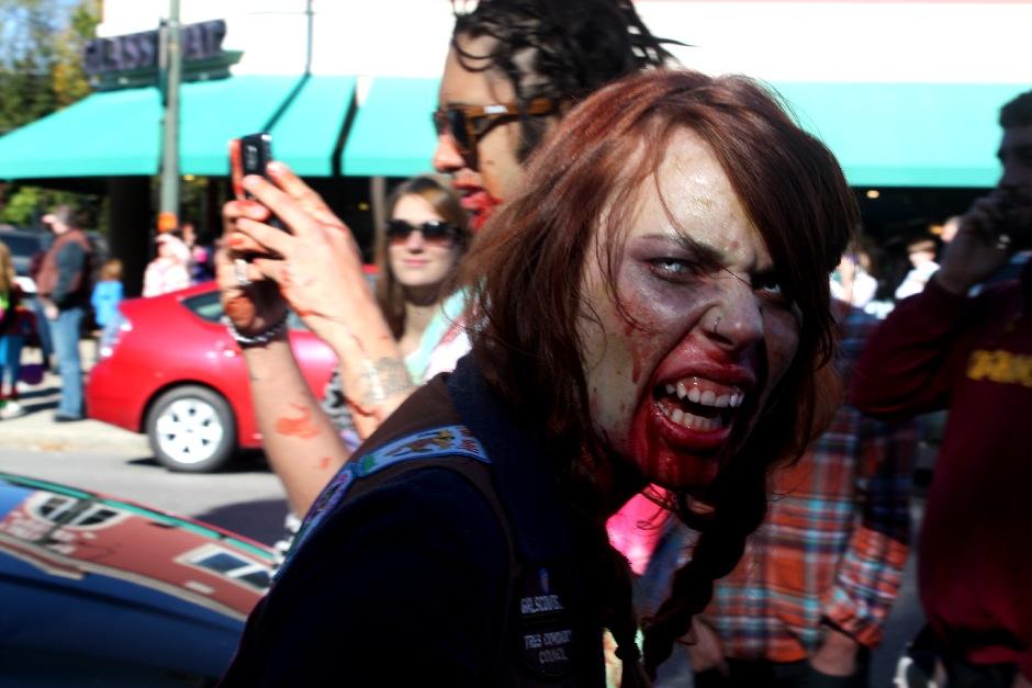 2013 RVA Zombie Walk-07