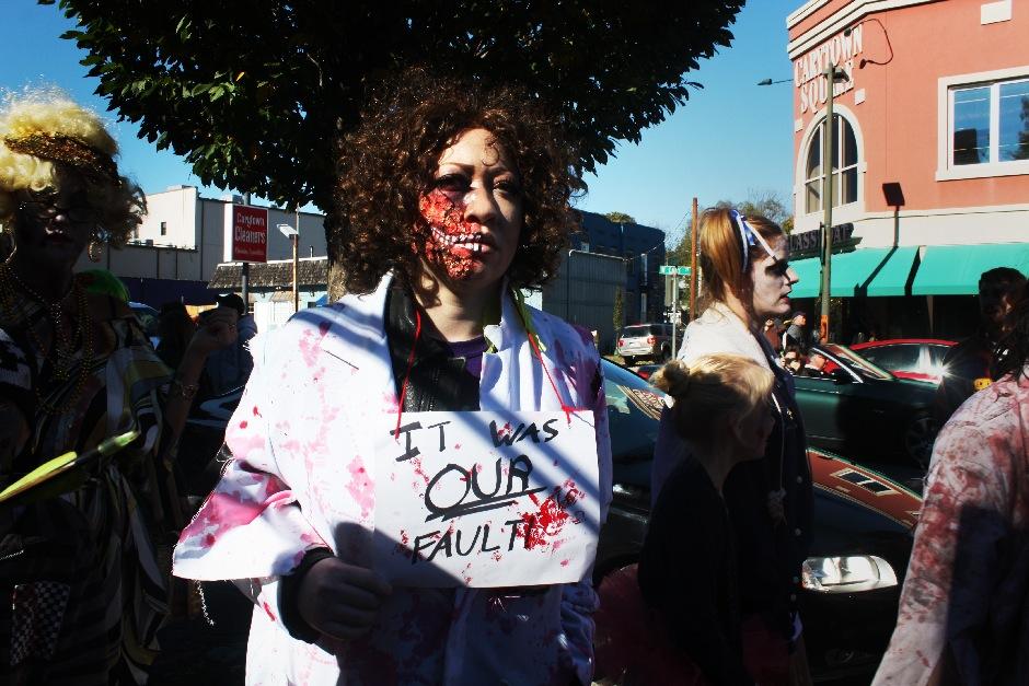 2013 RVA Zombie Walk-12