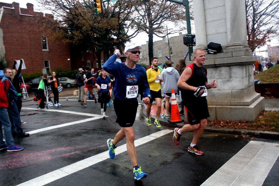 2013 Richmond Marathon-04