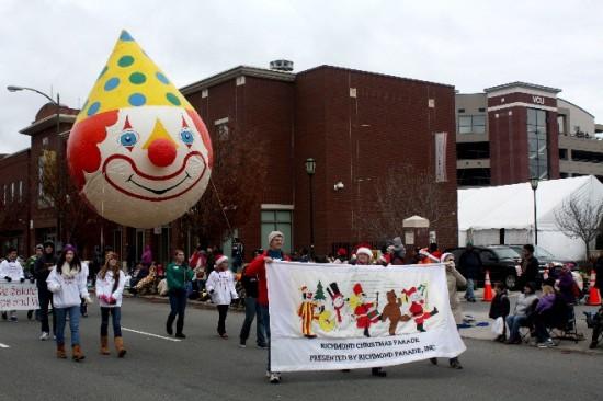 2013 Christmas Parade-05