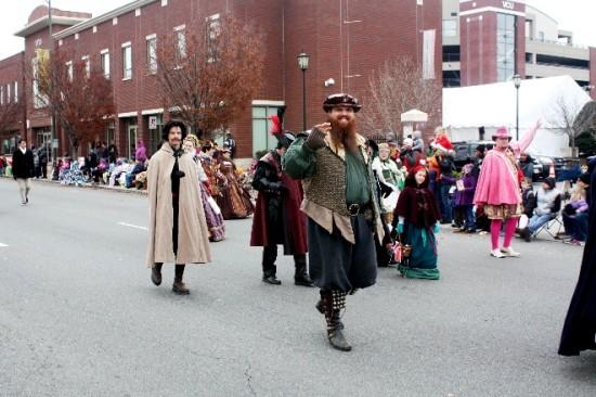 2013 Christmas Parade-13