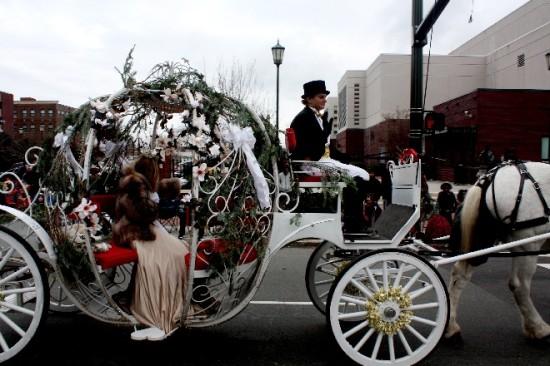 2013 Christmas Parade-14