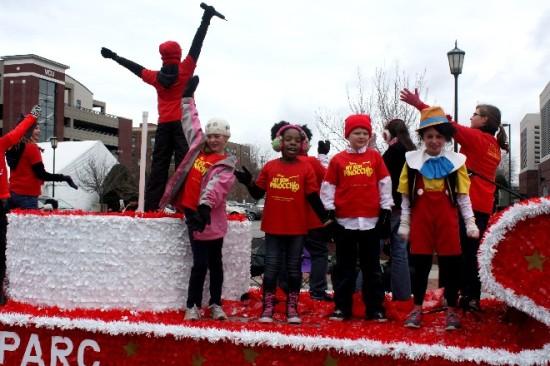 2013 Christmas Parade-16