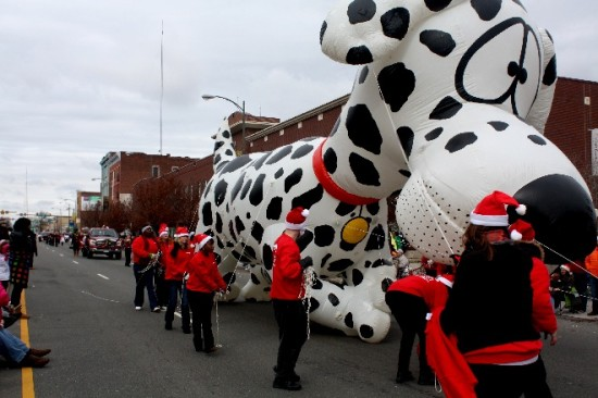 2013 Christmas Parade-20