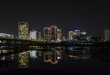 RVA Christmas skyline