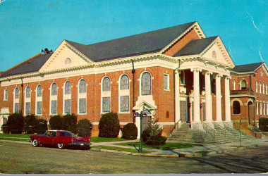 Woodland_Heights_Baptist_Church_no_title