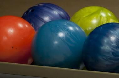 5ThingsForFamilies-2014.08.06-BowlingBalls