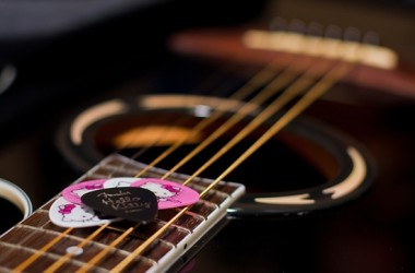 5ThingsForFamilies-2014.08.11-GuitarPicks