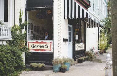 garnetts_cafe