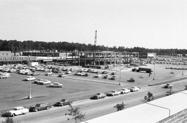 Willow Lawn in 1960
