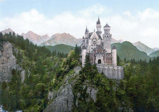 1280px-Neuschwanstein_Castle_LOC_print
