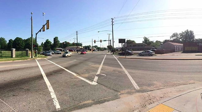 Intersection of Lombardy and Brook