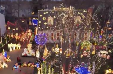 Wendhurst Christmas display