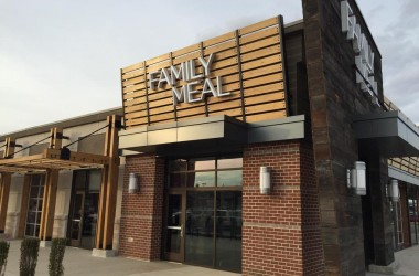 Family Meal Willow Lawn
