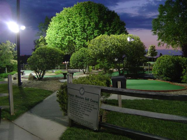 Reinvent the date night with some late-night mini golf at Bogeys Sports Park