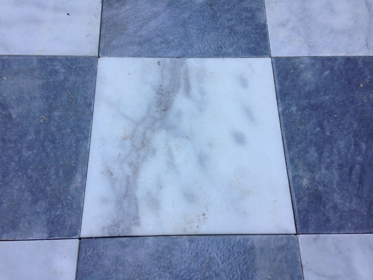 These huge slabs of marble are free-floating tiles in the courtyard.